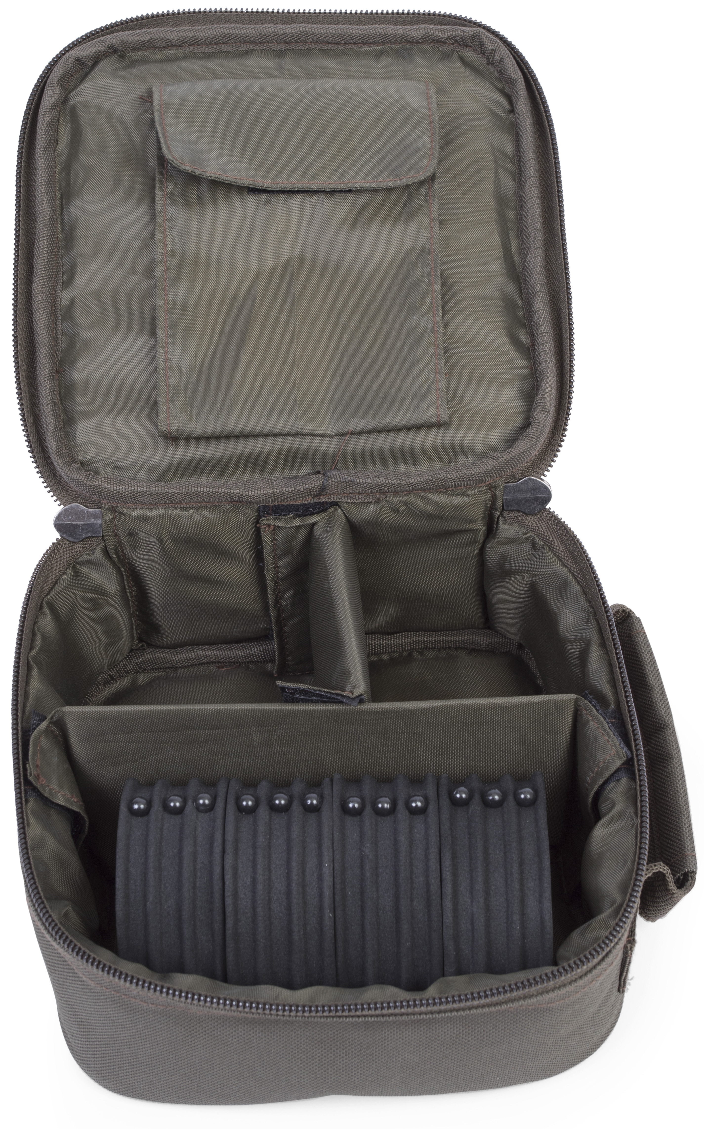 Avid carp chod rig bag glasgow angling centre for Rigged fishing backpack