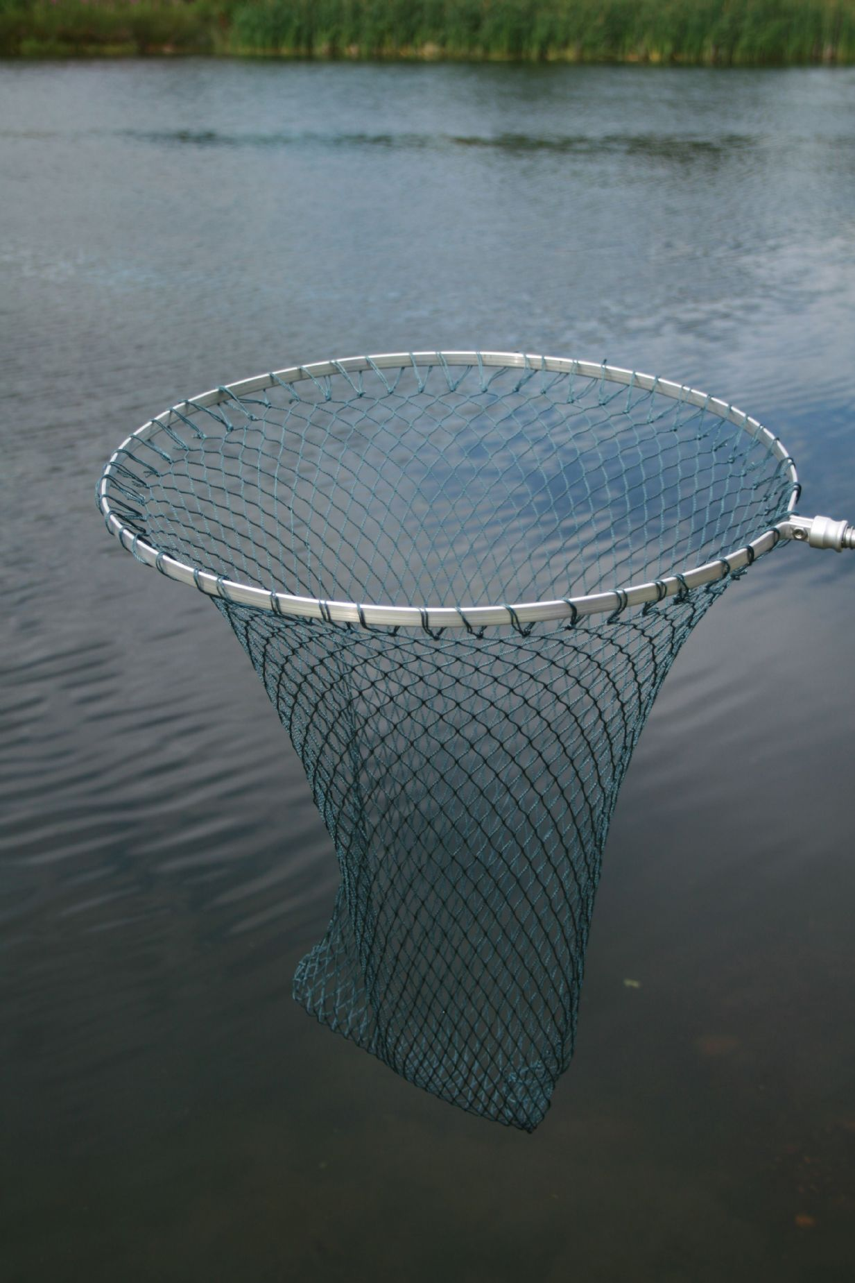 Sharpes round framed trout telescopic landing net for Telescoping fishing net