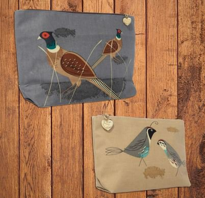 Just Fish Game Birdy Wash and Make-up Bag Set